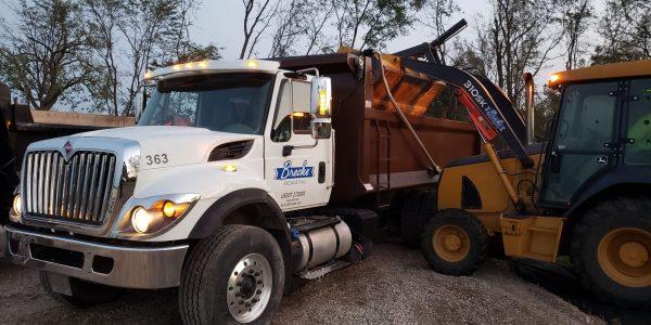 excavation team trucks 2